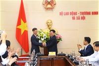 Lễ chia tay Viện trưởng Đào Quang Vinh nghỉ chế độ hưởng bảo hiểm xã hội và Đón chào Tân Viện trưởng Bùi Tôn Hiến